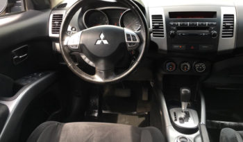 2013 Mitsubishi Outlander full