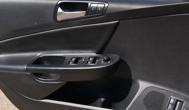2010 Volkswagen Passat full