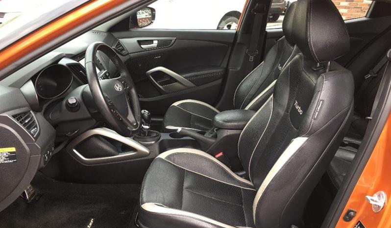 2013 Hyundai Veloster full